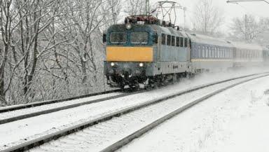 tren iarna 2