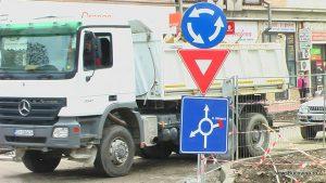 camion lucrari centrul sucevei