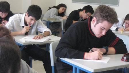 elevi examen