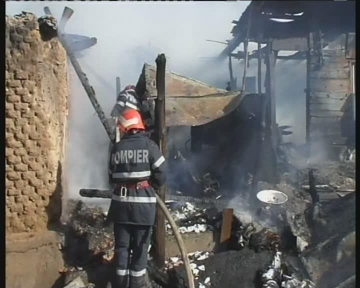 incendiu case