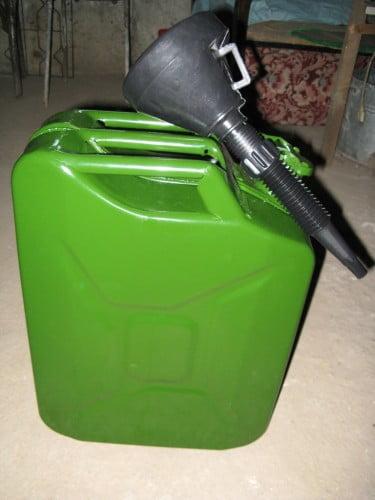 canistra benzina