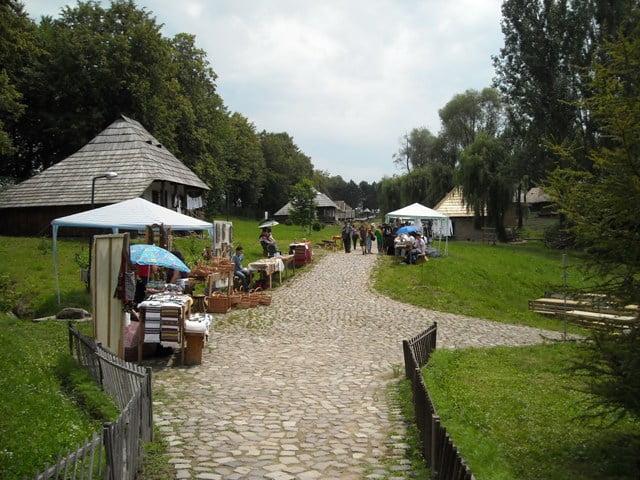 muzeul satului bucovinean
