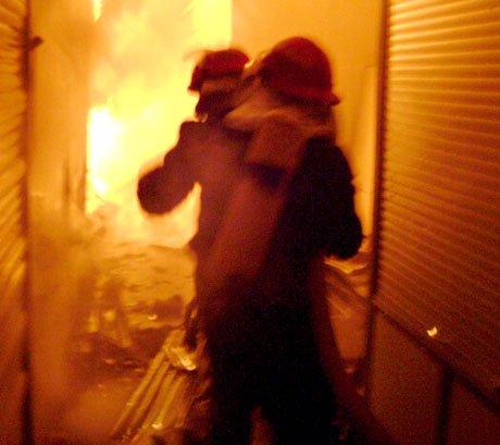 incendiu bazar suceava