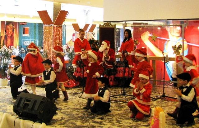 Spectacol Copii Iulius Mall Suceava, decembrie 2010