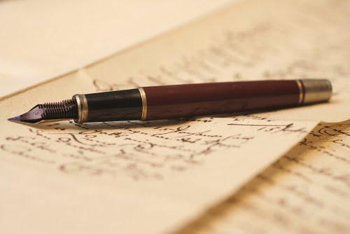 scris eseu
