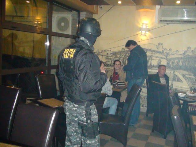 politie razie bar disco