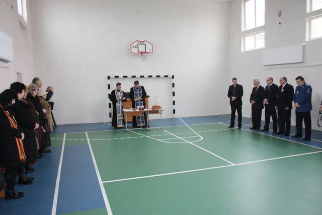 sfintire sala de sport scoala 2