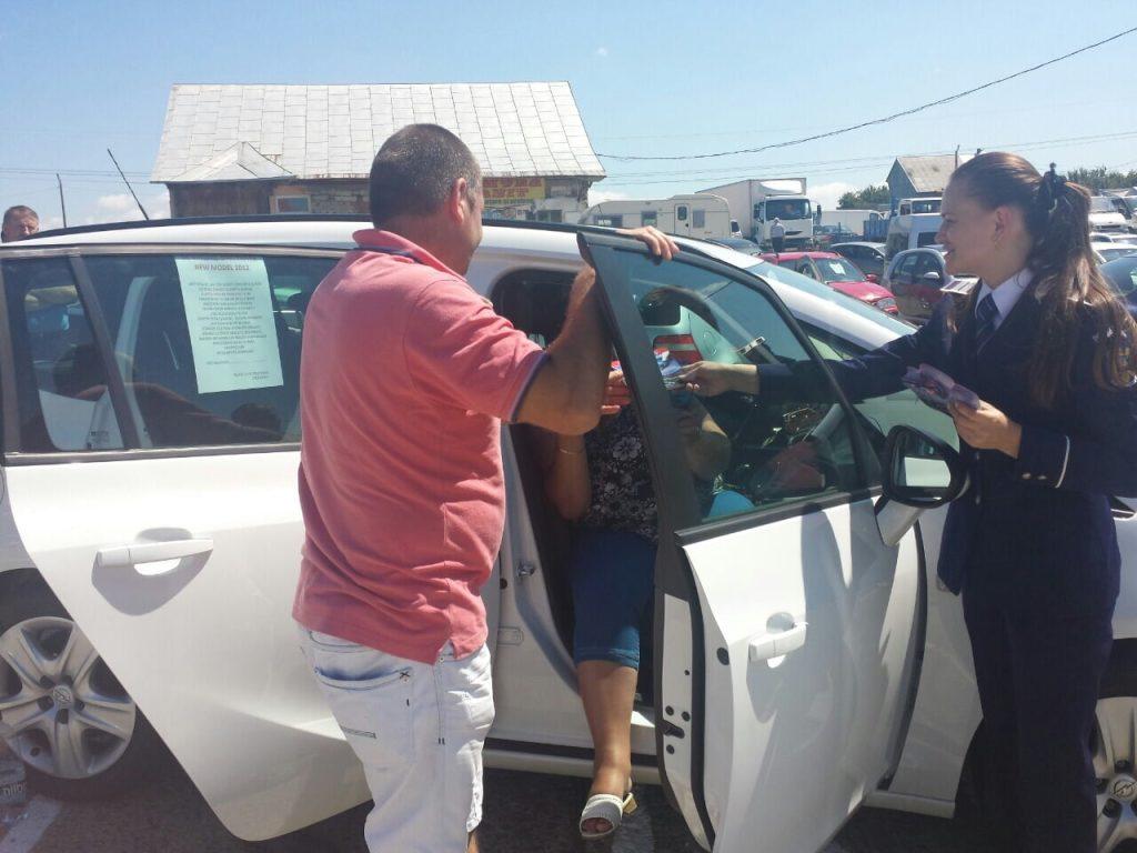 politie actiune poza 3