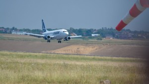 aeroport avion adomnitei ioan rus
