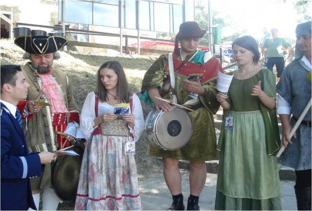 foto festivalul medieval 2