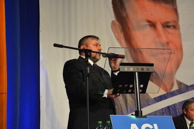 Iohannis ACL Flutur Balan Preda Negura Turcanu Ungureanu Varga (50)