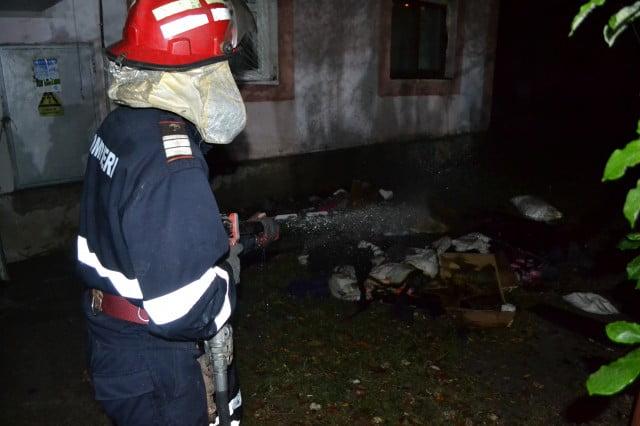 incendiu garsoniera bloc (6)