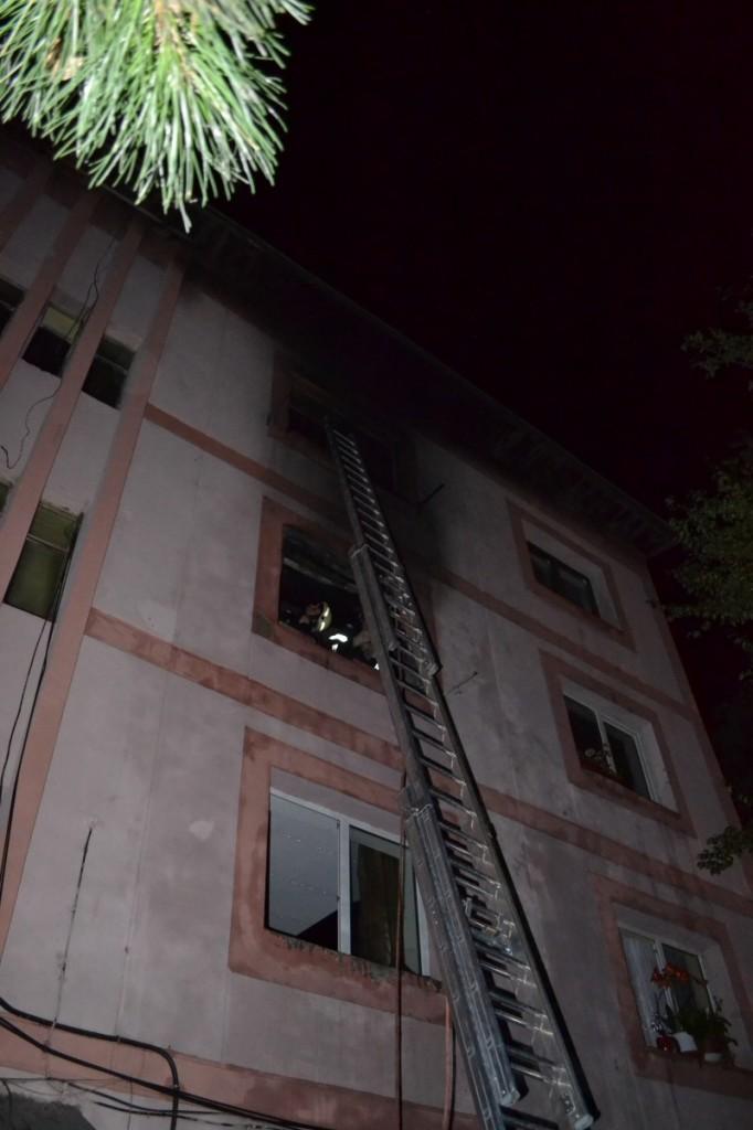 incendiu garsoniera bloc (8) italianul