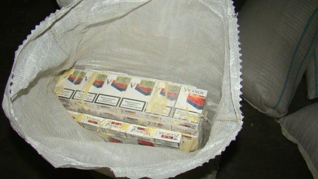 tigari de contrabanda in saci de faina (1)