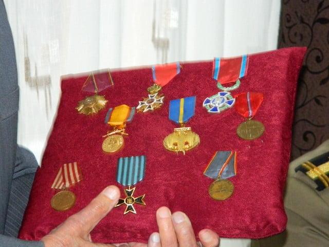 ziua armatei la liceul cajvana (4)