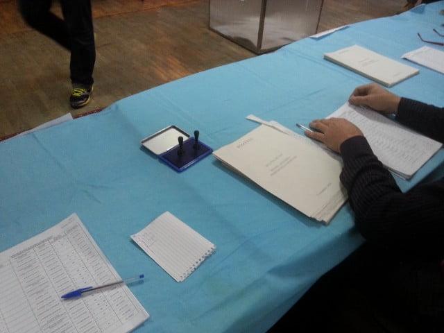 alegeri votare sectie (1)