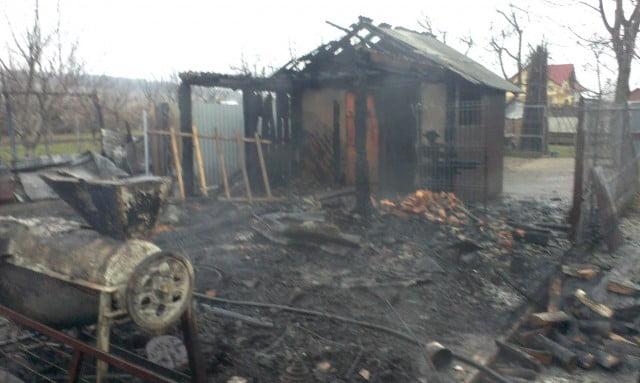 incendiu casa pompieri isu interventie (10)
