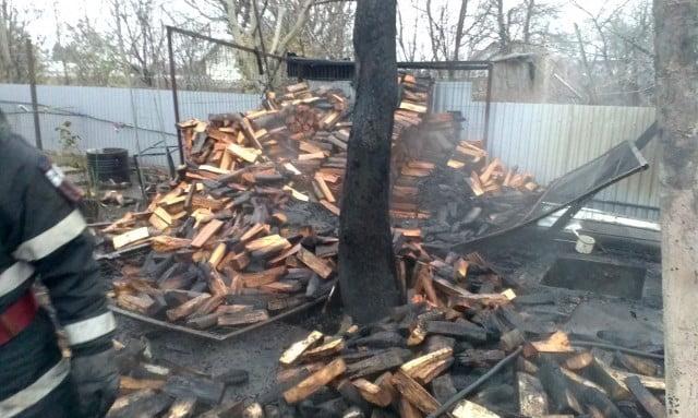 incendiu casa pompieri isu interventie (9)