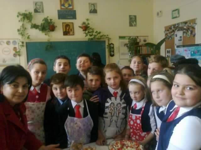 scoala todiresti (2)