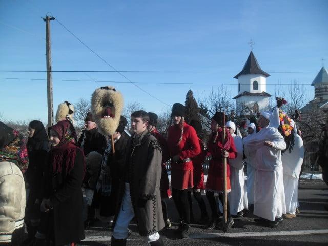 Festivalul de datini şi obiceiuri pe stil vechi Draguseni (51)