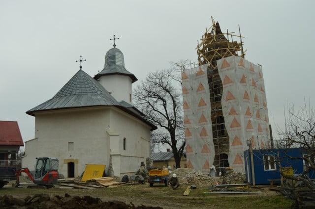 descoperire arheologica biserica sf simion turnul rosu (10)
