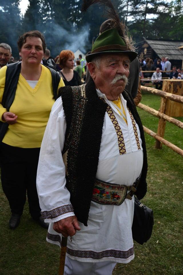 Hora Bucovinei Bucsoaia 2015 (26)