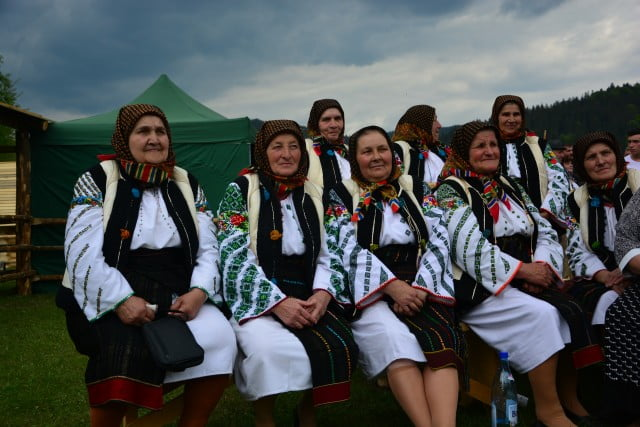 Hora Bucovinei Bucsoaia 2015 (32)