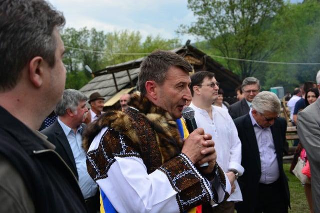Hora Bucovinei Bucsoaia 2015 (44)