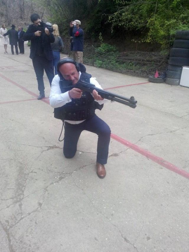 baisanu, arma, poligon (2)