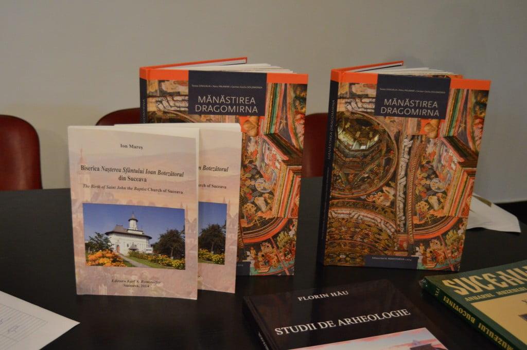 carti Manastirea Dragomirna si Biserica Sfântului Ioan Botezătorul din Suceava