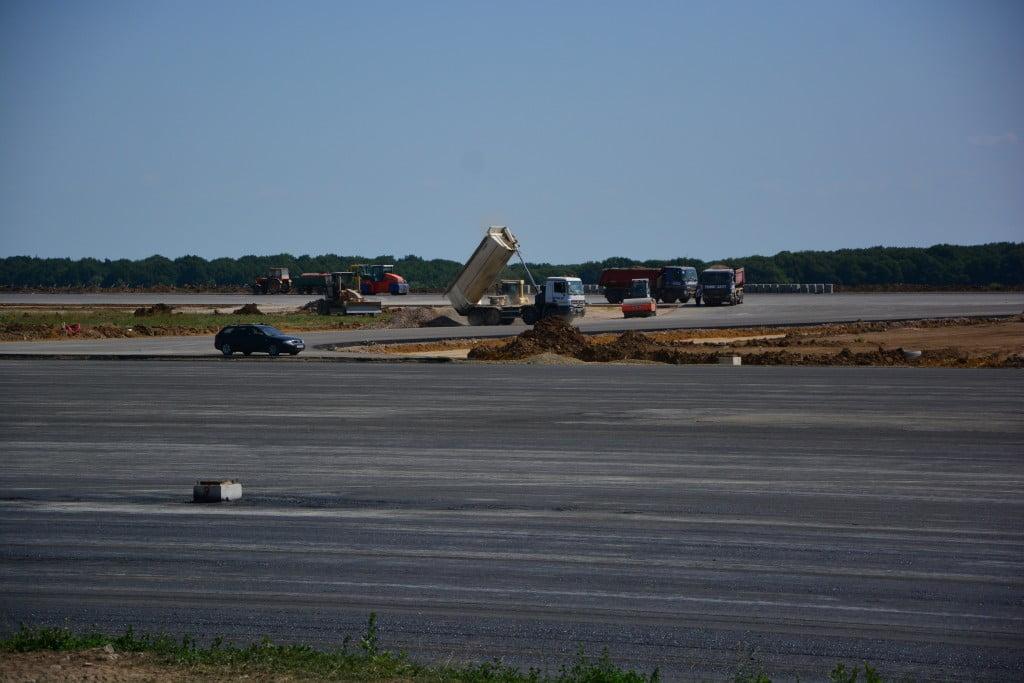 aeroport basisanu nechifor mariuta sorescu miron (18)