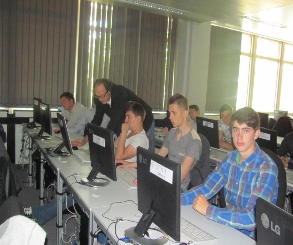 elevi calculatoare 2