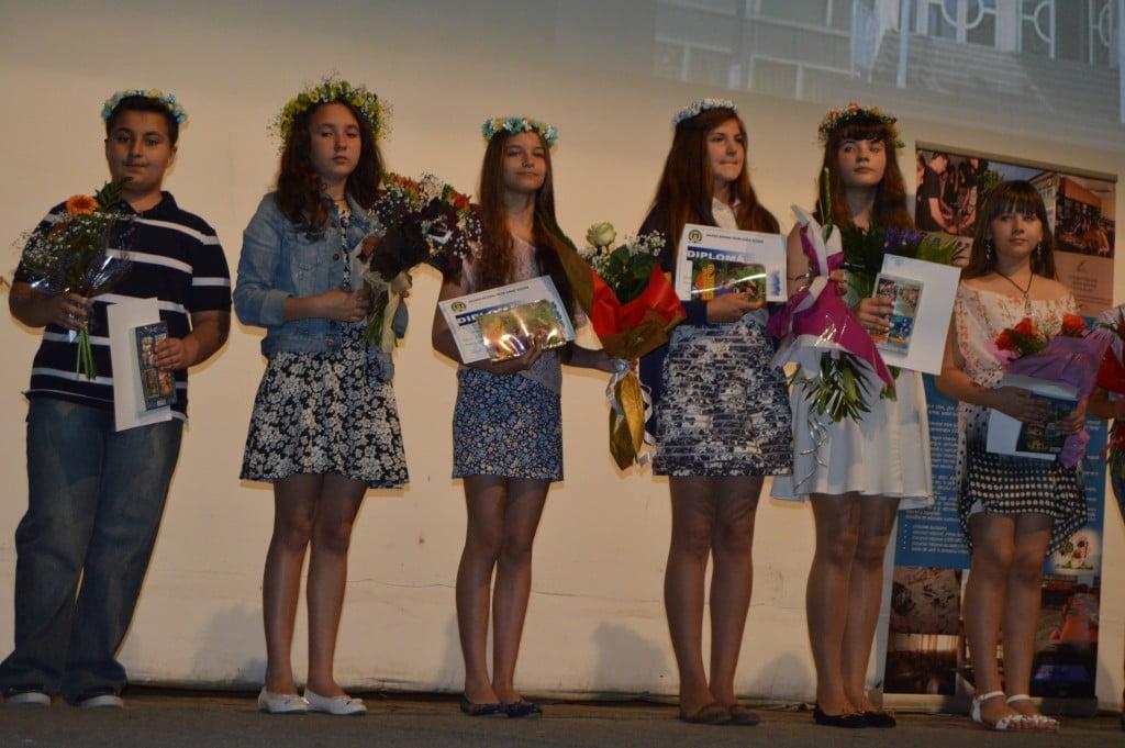festivitate de premiere Colegiul National Petru Rares (11)