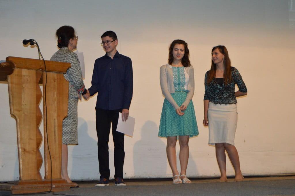 festivitate de premiere Colegiul National Petru Rares (4)