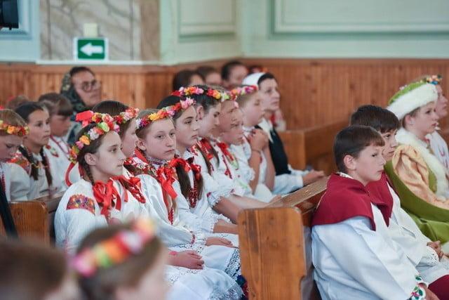 polonezi la Sf Liturghie de la Solonetu Nou (1)