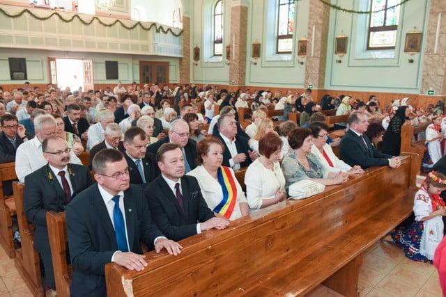 polonezi la Sf Liturghie de la Solonetu Nou