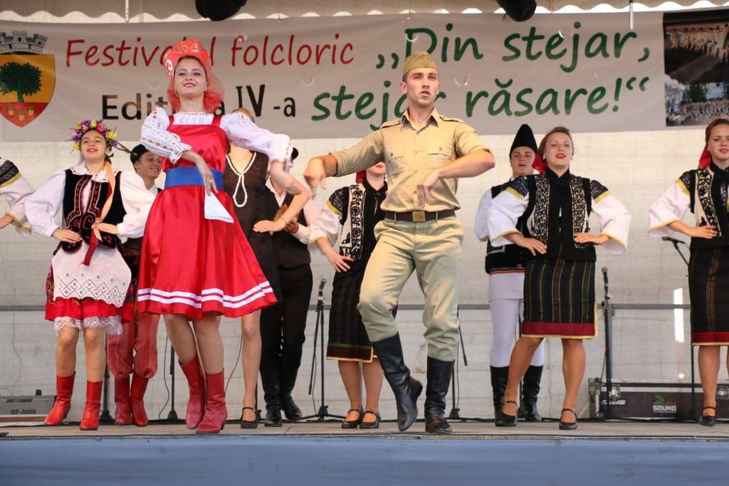 """Festivalul folcloric """"Din stejar, stejar răsare"""" (3)"""