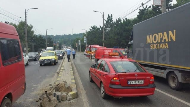 accident masina rasturnata pe calea unirii