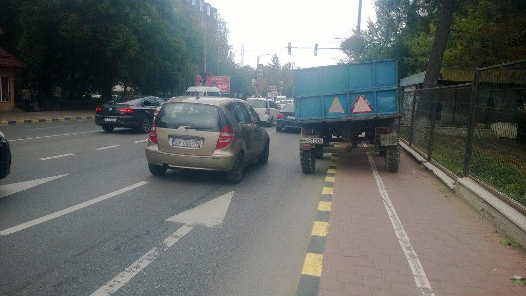 trotuar tractor remorca trafic auto