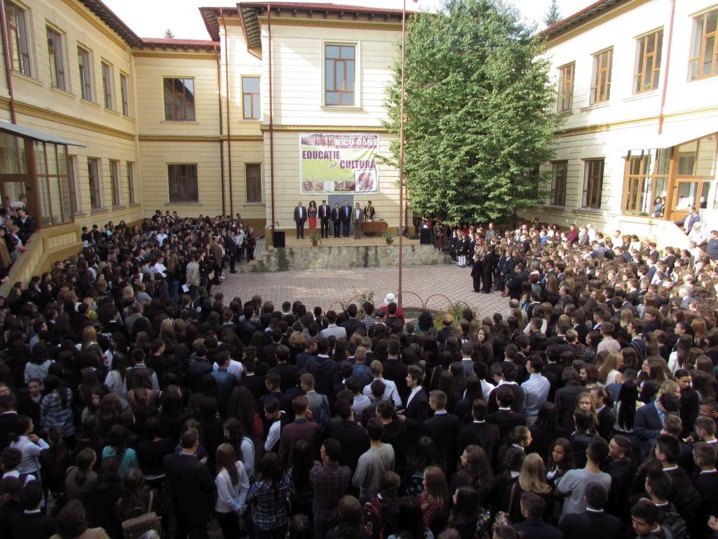 deschiderea anului scolar la falticeni