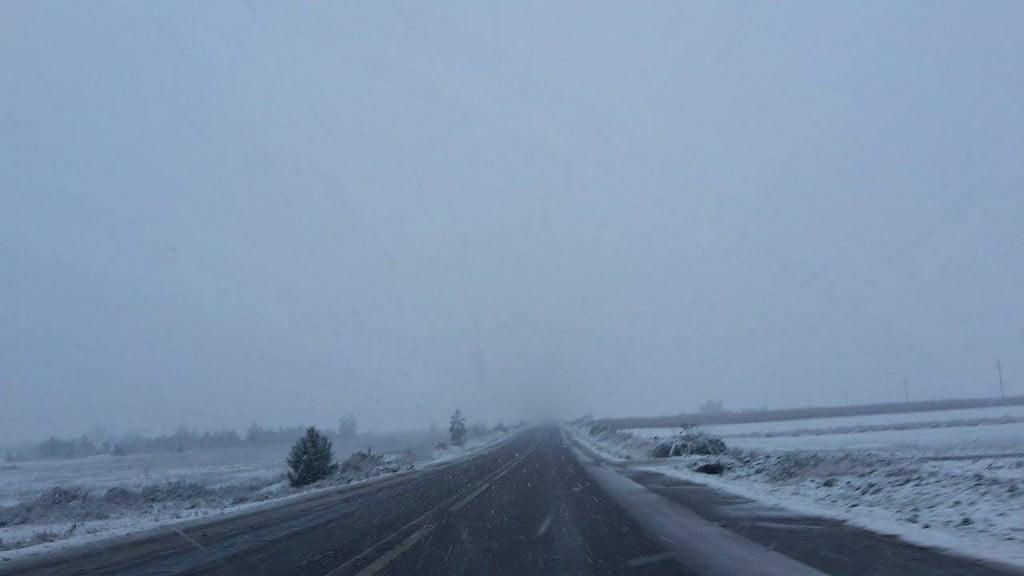 drum, iarna, zapada, ninsoare, trafic (2)
