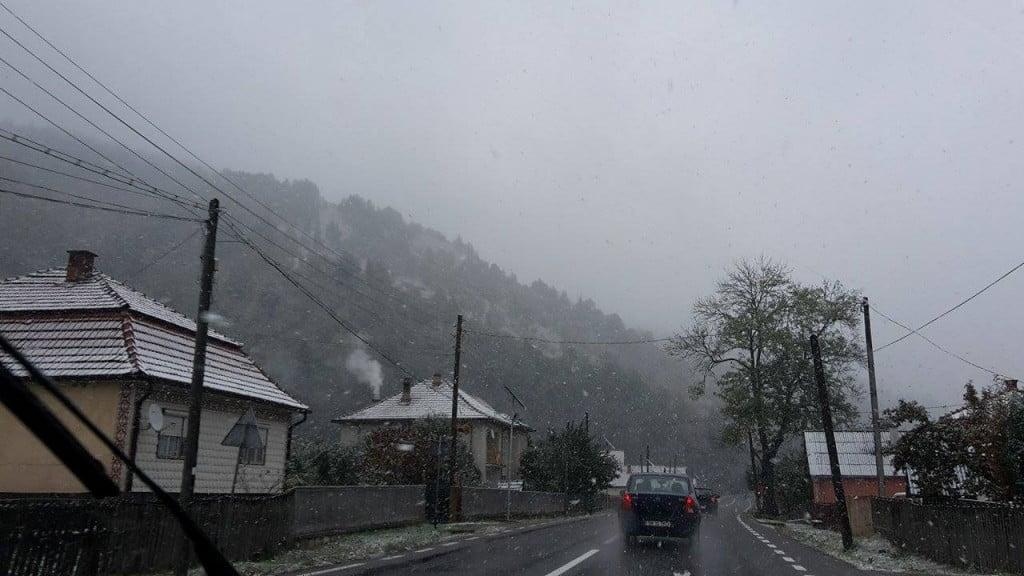 drum, iarna, zapada, ninsoare, trafic (3)