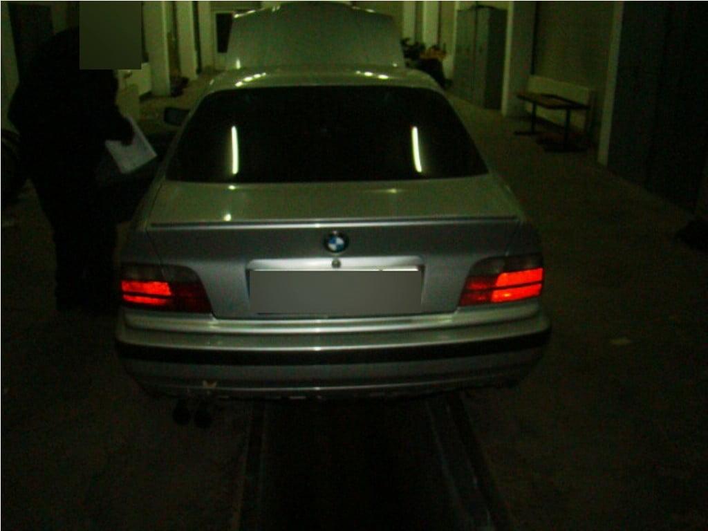 masina bmw (1)