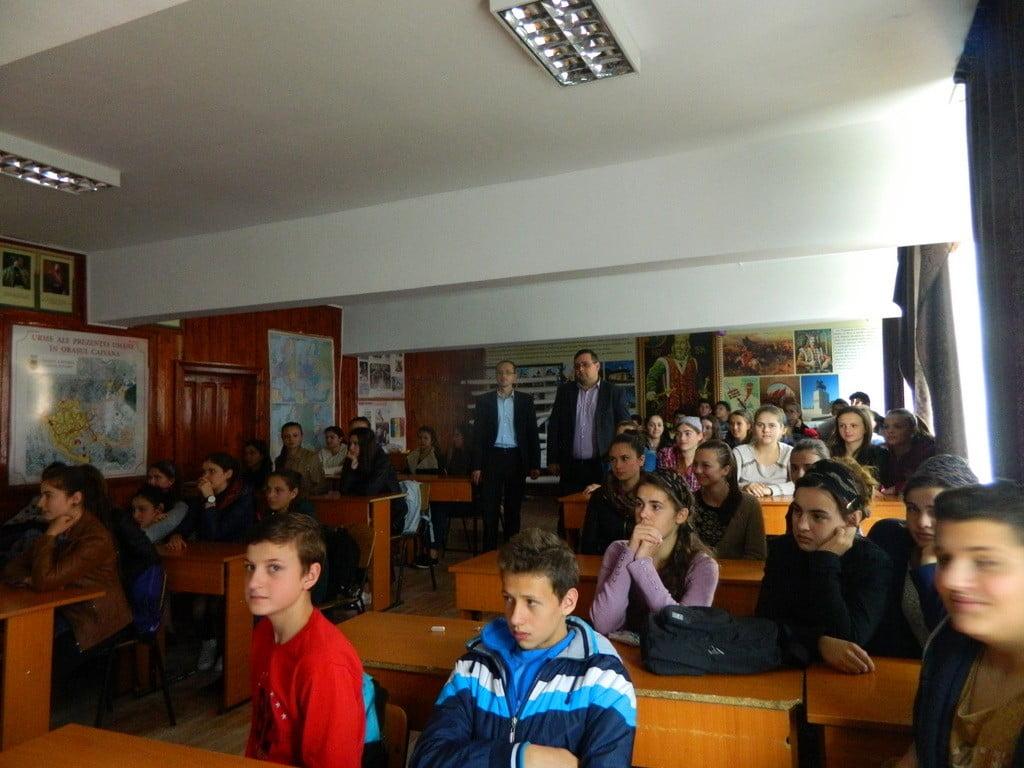 robu si ciotu, Holocaustul, Liceul Tehnologic Cajvana (1)