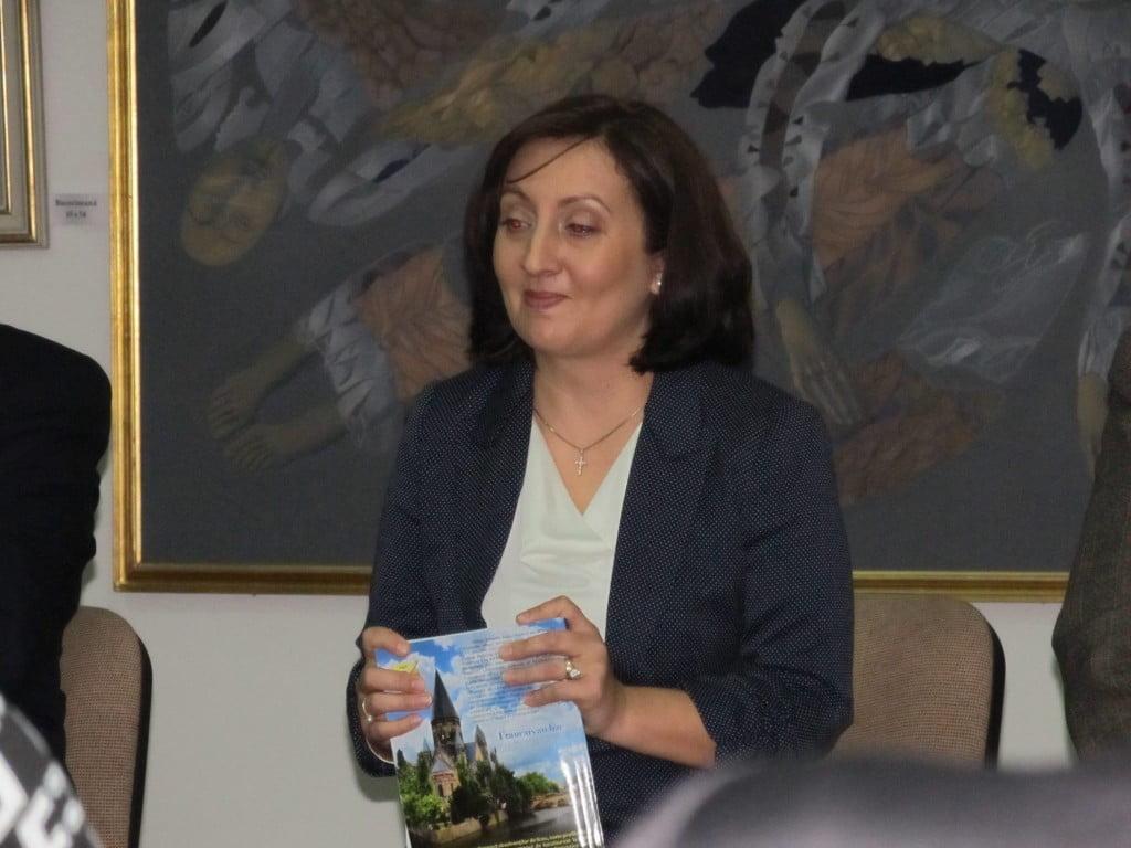 Aura Mihaela Mihoc (2)