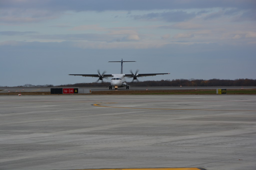 aeroport avion tarom (21)