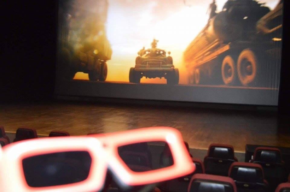 ochelari 3D cinema modern
