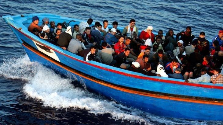 imigranti barca
