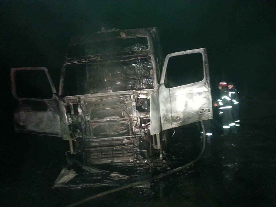 incendiu autotren Breaza (2)