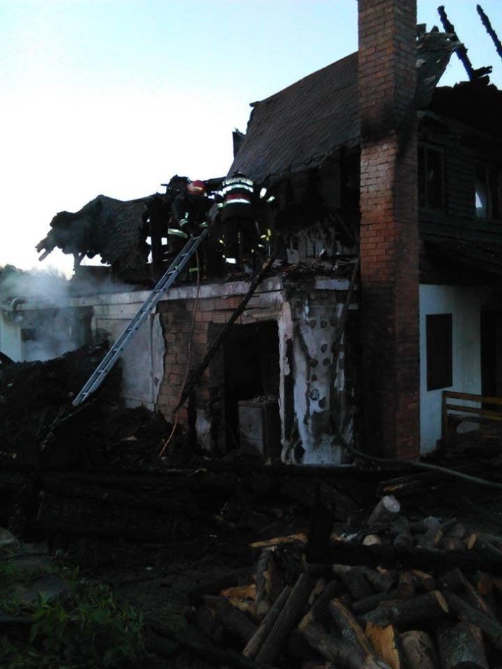 incendiu cabană